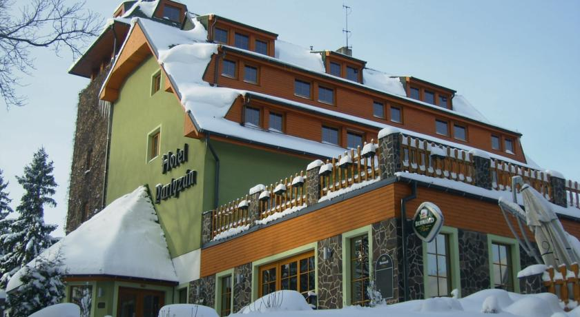 http://www.hotelawards.cz/wp-content/uploads/hotel/56445ac7d8188.jpg